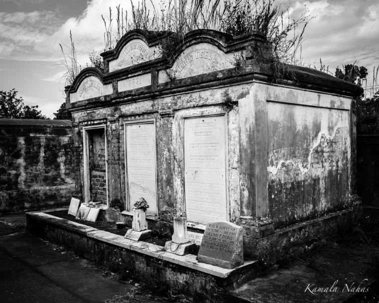 Lafayette Cemetery No.1-4